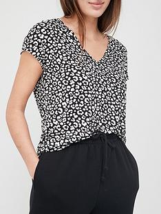 v-by-very-all-over-print-grown-on-sleeve-t-shirt-mono-print