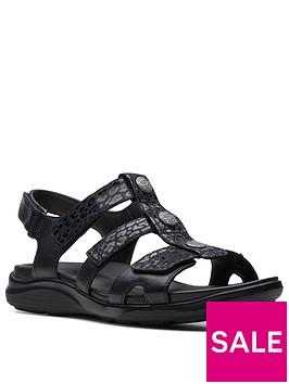 clarks-kylyn-step-wide-fit-leather-flat-sandal-black