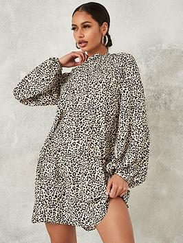 missguided-missguided-high-neck-long-sleevenbspshift-dress-stone