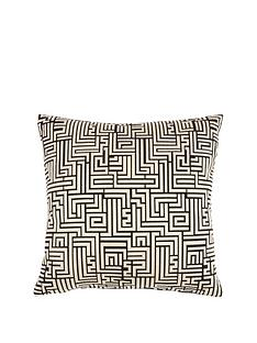 luxe-collection-a-maze-cushion