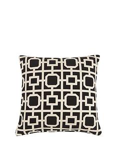 luxe-collection-clarice-cushion