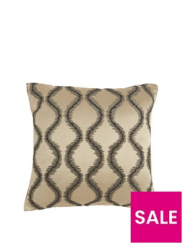 luxe-collection-vivienne-nero-cushion