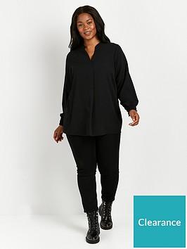 evans-shirred-cuff-woven-top-black