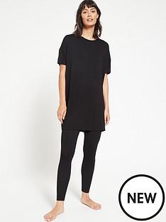 v-by-very-value-longline-t-shirt-amp-legging-lounge-pyjamasnbsp--black