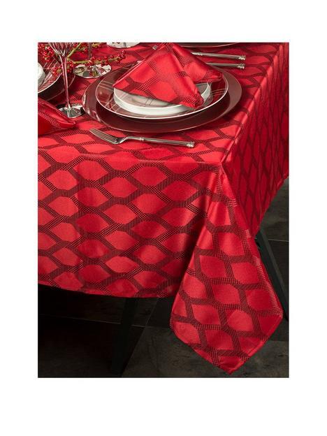waterside-9-piece-red-geo-christmasnbsptable-linen-set