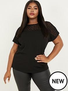quiz-curve-leopard-mesh-yoke-boxy-top-black