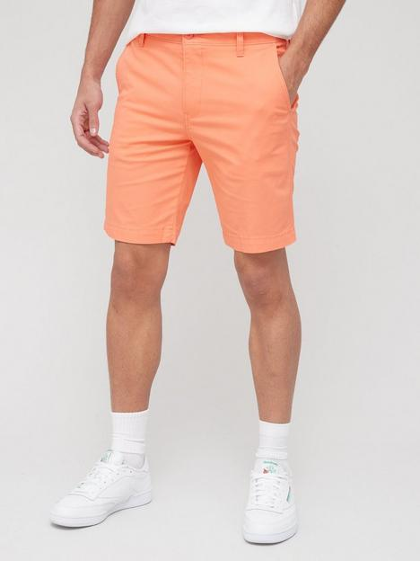 levis-xx-chino-taper-short-coral