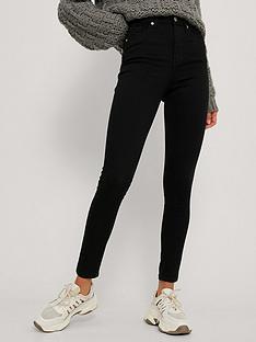 na-kd-organic-skinny-high-waist-jeans-black
