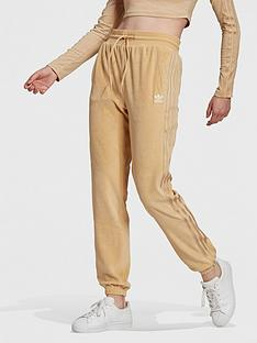 adidas-originals-relaxed-risque-velour-slim-joggers-beige