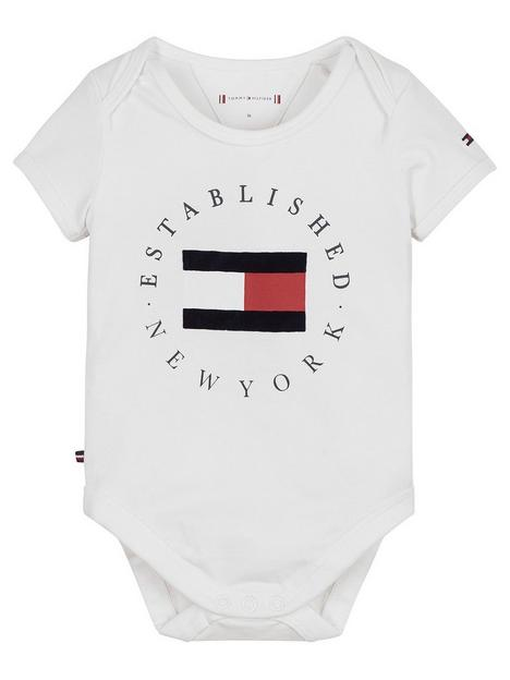 tommy-hilfiger-baby-unisex-established-bodysuit-white