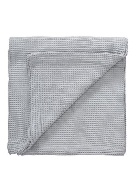 everyday-collection-waffle-throw