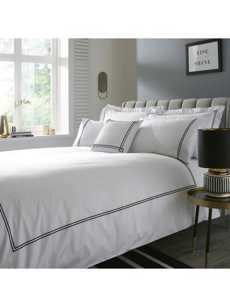 hotel-collection-hotel-300tc-stiching-sq-cushion