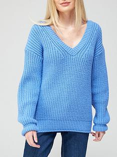 v-by-very-v-neck-chunky-knit-rolled-trim-knitted-jumper-blue