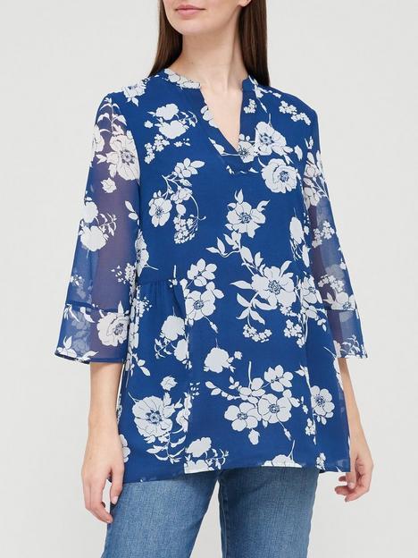 v-by-very-longline-pintuck-blouse-print