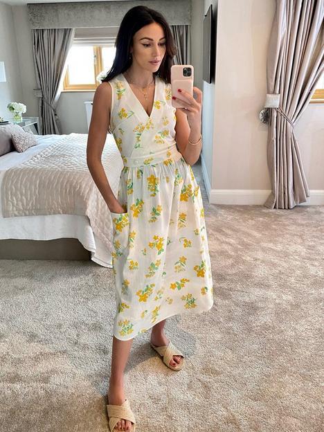 michelle-keegan-printed-wrap-top-linen-look-midi-dress-floral-print