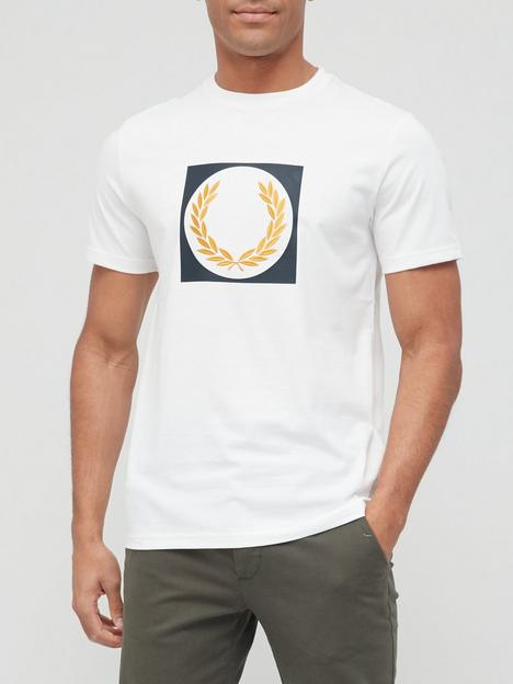 fred-perry-laurel-wreath-graphic-t-shirt-snow-white