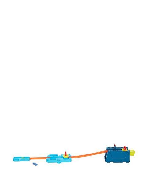 hot-wheels-track-builder-crash-box