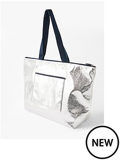 accessorize-piper-packable-metallic-gym-bag-silver