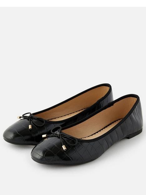 accessorize-croc-ballerina