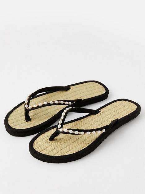 accessorize-pearl-beaded-seagrass-flip-flops-black