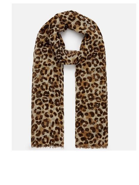 accessorize-opp-leopard-print-scarf