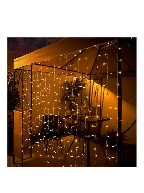 streetwize-accessories-solar-powered-curtain-light-15m