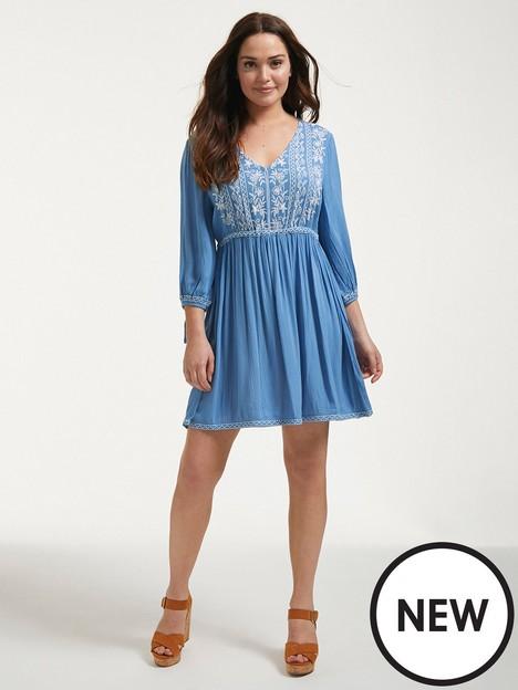 figleaves-embroidered-kaftan-dress-sky-blue
