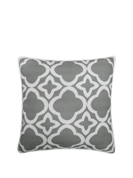 meadow-geo-cushion