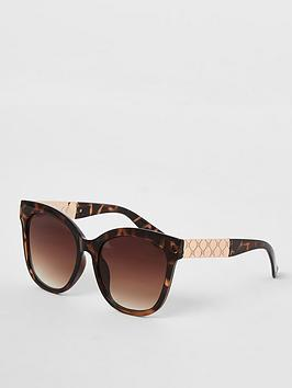 river-island-tortoise-print-oversized-sunglasses-brown