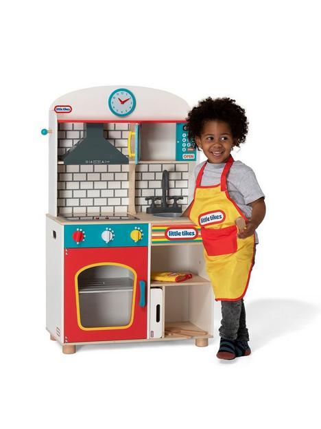 little-tikes-wooden-kitchen