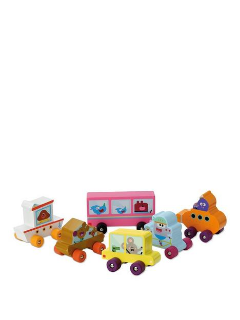 hey-duggee-wooden-6-pack-play-vehicles