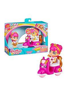 kindi-kids-kindi-kids-minis-lippy-lulus-scooter-collectable-vehicle-and-posable-bobble-head-figurine