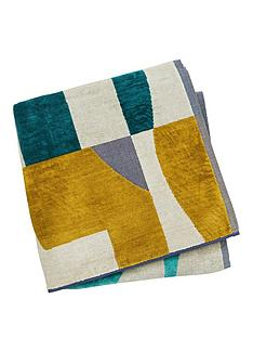 harlequin-bodega-hand-towel