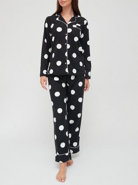 v-by-very-spot-button-through-pyjamas-in-a-bag-blacknbsp