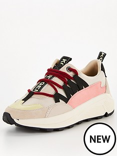 kg-loaded-hiker-trainer--nbsppink