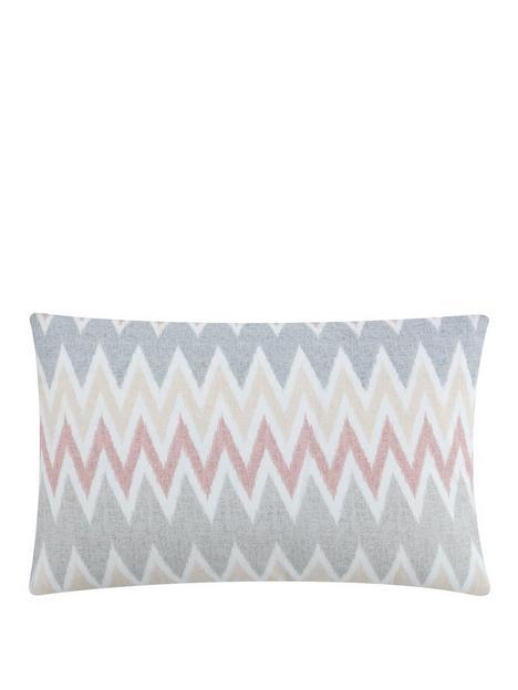 sam-faiers-delphine-cushion