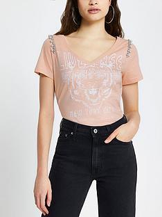 river-island-pearl-embellished-rock-t-shirt-pink