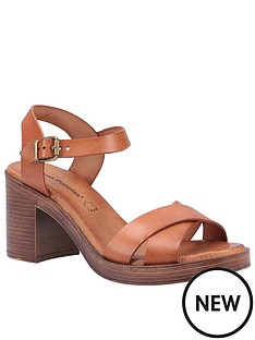 hush-puppies-georgia-heeled-sandal-tan