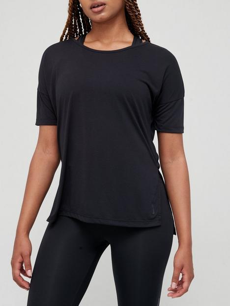 nike-yoga-layer-short-sleeve-t-shirt-black