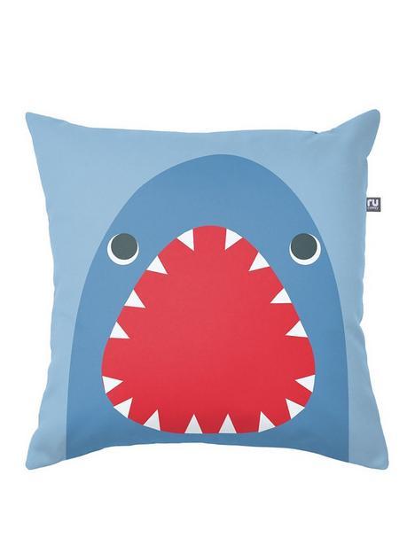 rucomfy-shark-cushion-40x40cm