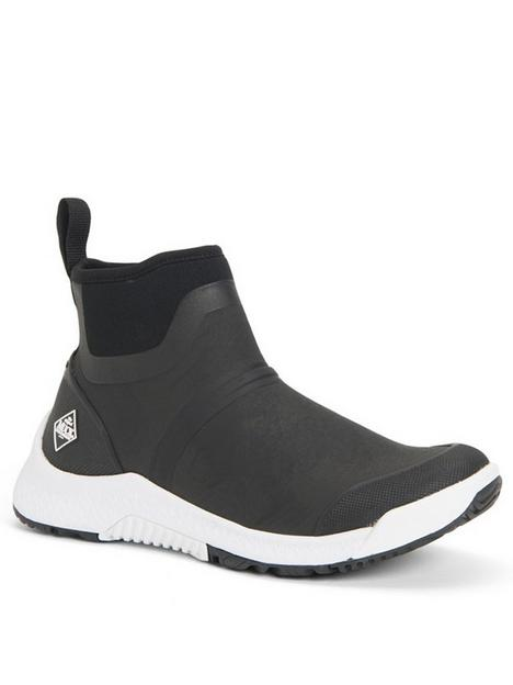 muck-boots-outscape-chelsea-trainer--nbspblack