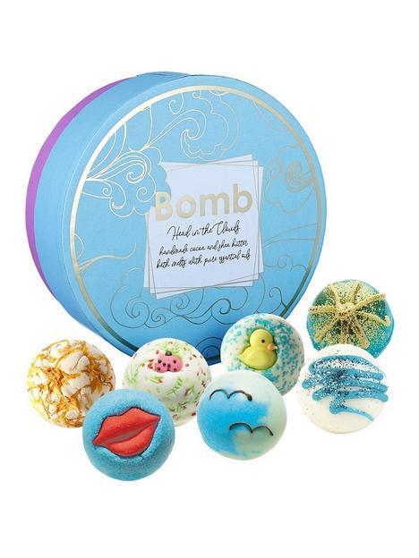 bomb-cosmetics-head-in-the-clouds-bath-creamer-gift-set