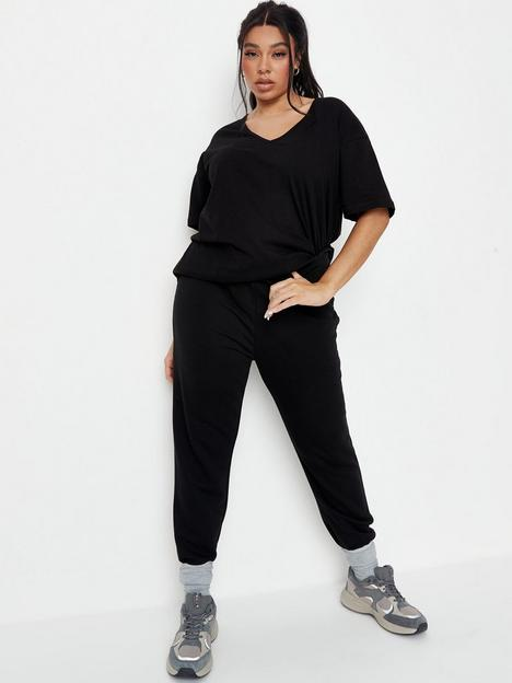 missguided-plus-missguided-plus-v-neck-t-shirt-joggers-coord-set-black