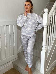 in-the-style-in-the-style-xnbspbillie-faiers-cloud-long-sleeve-top-and-bottoms-pyjamas-greynbsp