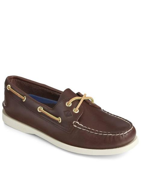 sperry-leather-boat-shoe-brown