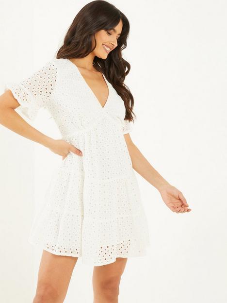 quiz-broderie-dress-white