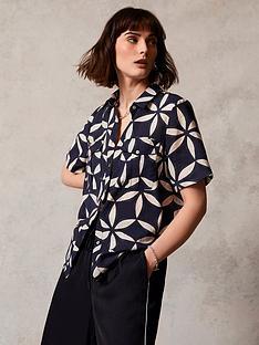 mint-velvet-eva-print-short-sleeved-shirt-dark-bluenbsp