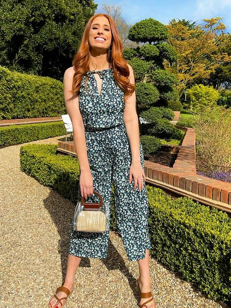 in-the-style-in-the-style-x-stacey-solomonnbspracer-neck-culotte-jumpsuit--nbspnavynbspditsy-floral-print