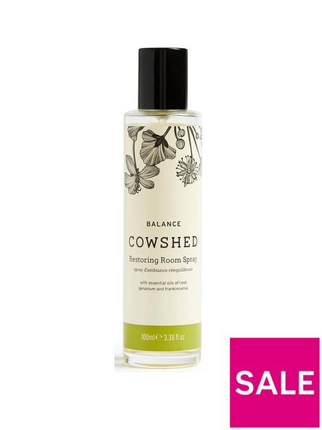 cowshed-balance-room-spray
