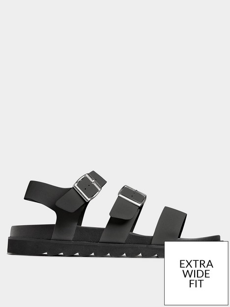 yours-lala-buckle-footbed-sandal